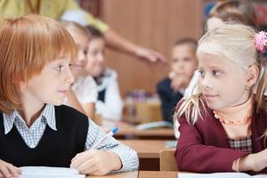 Как наладить отношения с одноклассниками: решение проблем