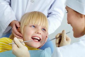 Гингивит у детей: симптомы, причины и лечение