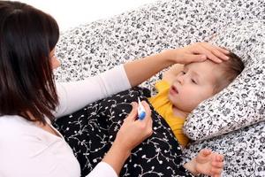 Нейротоксикоз у детей: патогенез, симптомы и неотложная помощь