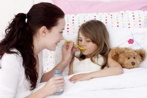 Простуда у ребенка: признаки и что делать