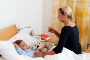 Уход за ребенком, больным дифтерией зева