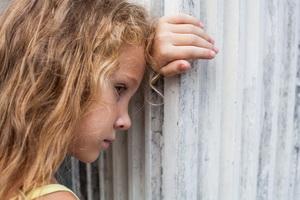 Детские психологические комплексы: причины и пути преодоления