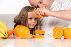 Что можно дать для повышения иммунитета ребенку: средства и препараты