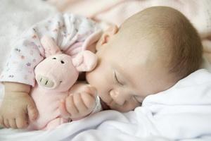 Правильный режим дня новорожденного ребенка