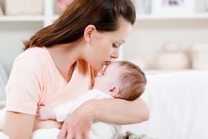Повышение лактации у кормящих мам в домашних условиях