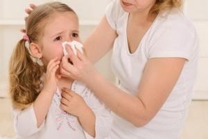 Ринит у детей: виды, симптомы и лечение
