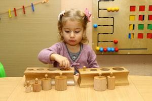 Упражнения для обучения детей по методике Монтессори