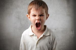 Как отучить маленького ребенка ругаться