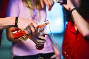 Как отвадить подростка от вредных привычек