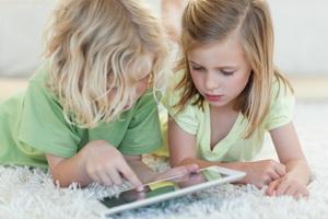 Как отучить ребенка от гаджетов: советы родителям