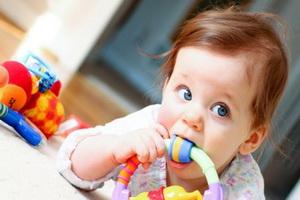 Ребенок вдохнул инородное тело: только без паники