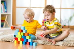 Правила повседневной безопасности малышей дома