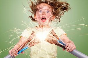 Помощь после воздействия электрического тока
